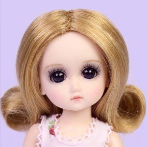 StrawBerina Ash Blonde  - GD0002B Wig Only