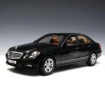 [Maisto] 1:18 Mercedes Benz E-Class - 31172 / Benz / model car / Die-cast