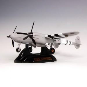 [MOTORMAX] 1:60 P-38 LIGHTNING - 76365