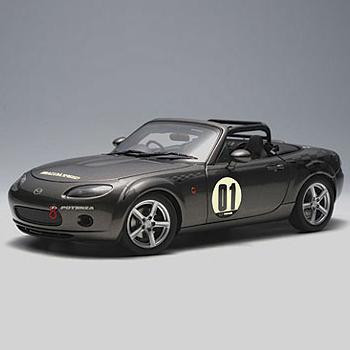 [AUTOART] 1:18 MAZDA ROADSTER (NC) NR-A # 01 (GALAXY GRAY) (80643) / Mazda Roadster / Mazda Roadster