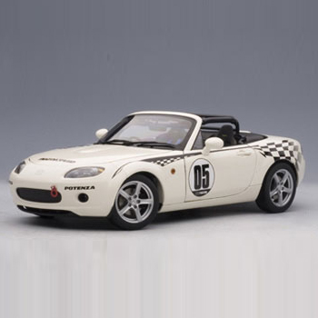 [AUTOART] 1:18 MAZDA ROADSTER (NC) NR-A # 05 (MARBLE WHITE) (80644) / Mazda Roadster / Mazda Roadster