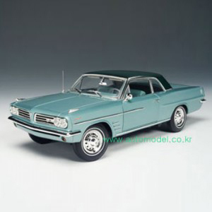 [HIGHWAY61] 1/18 PONTIAC LEMANS-AQUAMARINE METALLIC - 50146