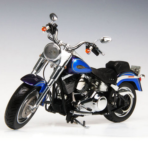 [HIGHWAY61] 1:12 2009 Harley Davidson FlSTF FAT BOY BLACK ICE.BLUE ICE - 81079