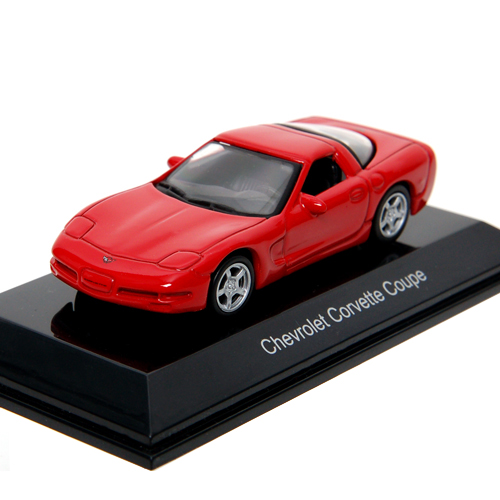 AUTOART 1:64 CHEVROLET CORVETTE C5 COUPE 98 RED_20141