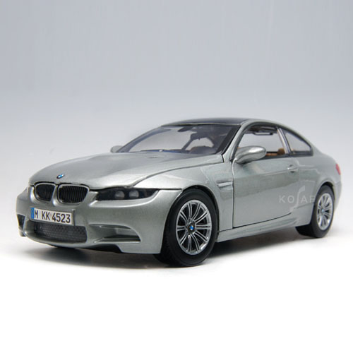 [MOTORMAX] 1:24 BMW M3 COUPE - 73347
