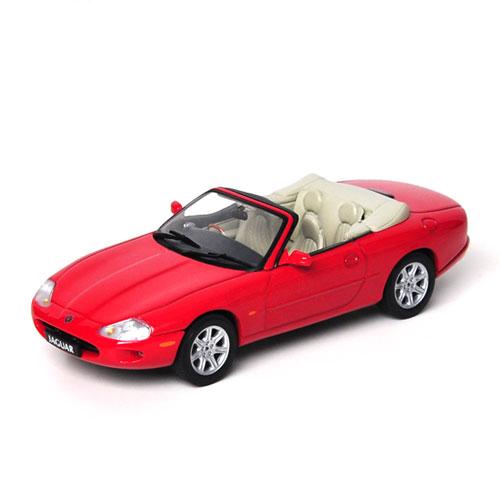 AUTOART 1:43 JAGUAR XK8 Cabrio Phoenix Red_53711