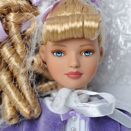"TONNER 12"" Afternoon Visit dressed doll-T5AWMD02"
