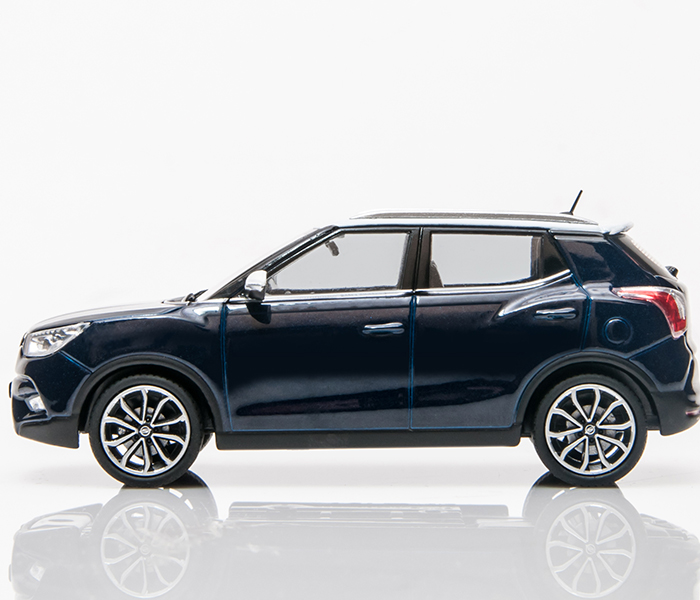SsangYong 1:43 Tivoli die-cast model car